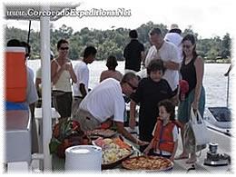 Crucero al Atardecer en Catamaran en la Isla del Cano